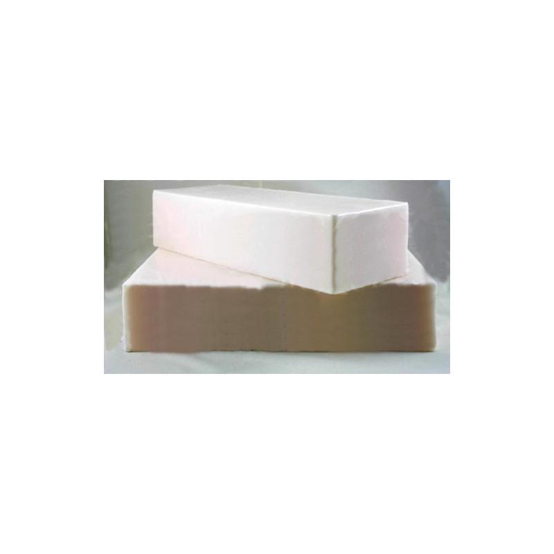 Jabón artesano de glicerina y leche de cabra.